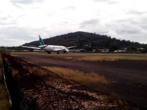Air Austral Boeing 787-8 F-OLRC First Takeoff at Dzaoudzi (Mayotte)