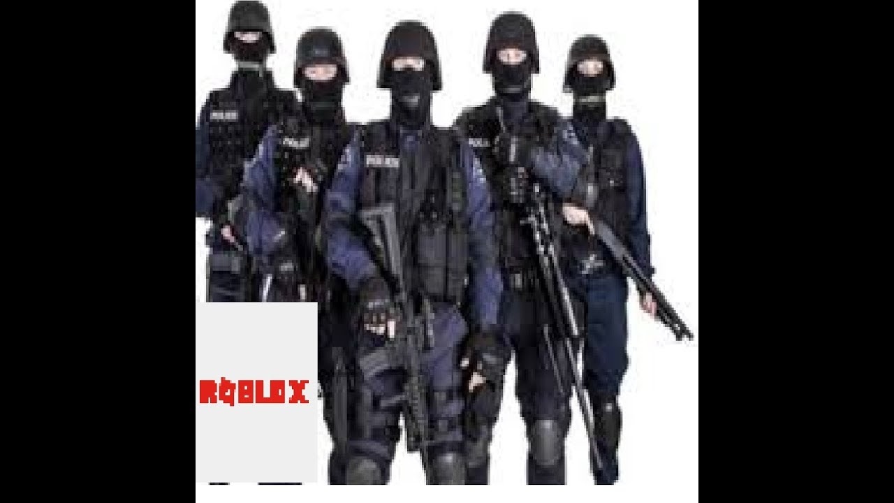 Joining The Swat Team In Roblox Youtube