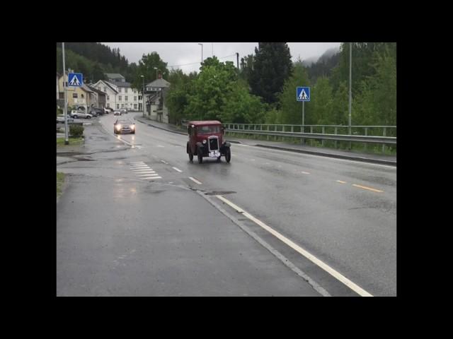 Glimt fra Veteranbil løpet 10.juni 2017 fra Fagernes -Vang .