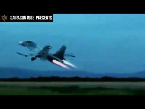 Video máy bay tiêm kích Su-30 của Không quân Việt Nam trình diễn