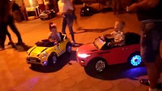 Песенки для детей - Машинка - мультик про машинки Про машинки игрушки, дети и Электромобиль