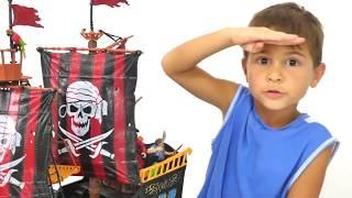 Türkçe izle - oyuncaklarla erkek çocuk oyunları/videoları.Mikayıl'ın korsan gemisi ile maceraları
