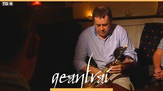 Eoin Ó Riabhaigh - An Buachaill Caol Dubh | Baile an Chollaigh, Corcaigh | Geantraí 2012 | TG4