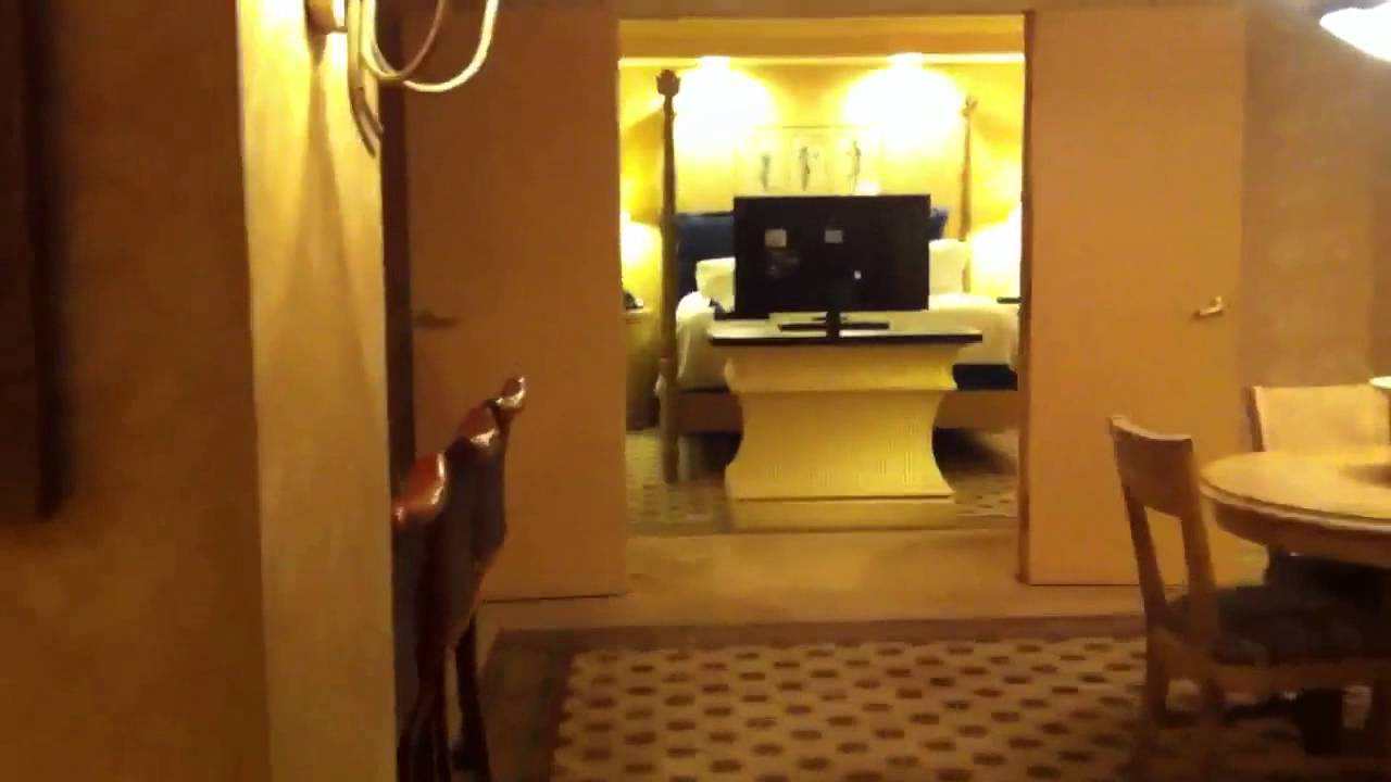 Premier suite luxor youtube for Luxor baths