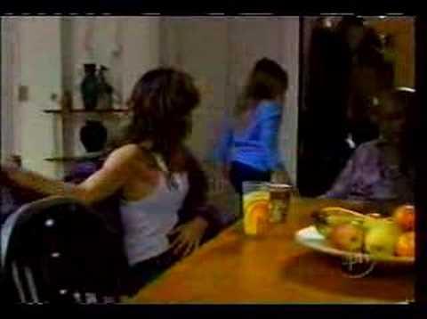 Heather Graham & Carrie-Anne Moss HD Lesbian Scene in Compulsion (2013)Kaynak: YouTube · Süre: 5 dakika34 saniye