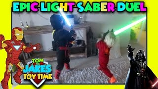 Video STAR WARS REAL LIGHTSABER DUEL, ROGUE ONE! Black Ninja VS Batman Ironman fight with lightsabers!! download MP3, 3GP, MP4, WEBM, AVI, FLV Juli 2018