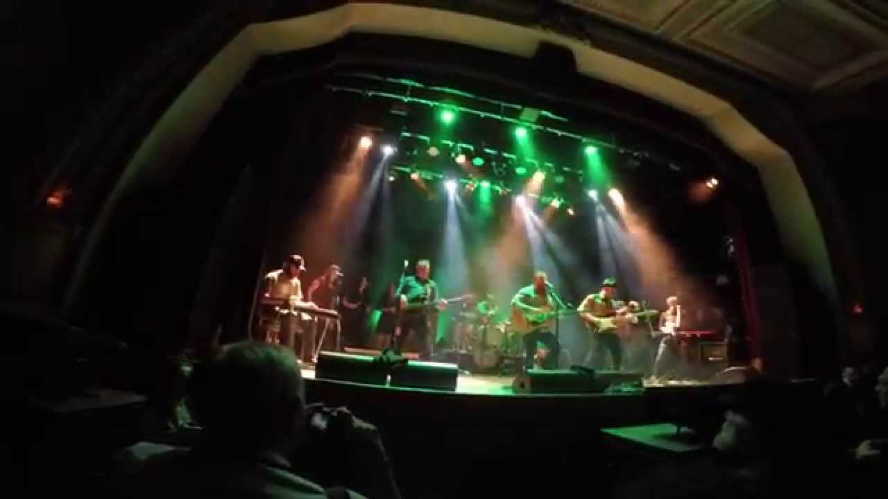 Danny and the Champions of the World - Clear Water (live at Islington Assembly Hall)