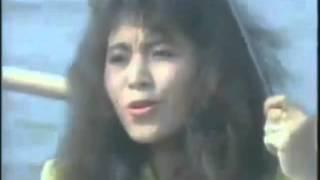 Download lagu Ellyn Tamaya - Dibolak balik (Original Video Clip & Clear Sound)