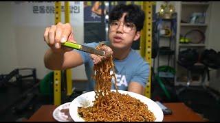 살면서 처음 먹어보는 한우채끝살+짜파구리4봉지.. 라면…