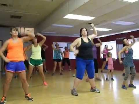 Zumba, this is the song! that is the name of this song!