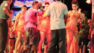 Folk way-Dance facts-learn thai-youtube thai-Dance Classes-รำวงเพชรบุรี-tradition dance show ๘