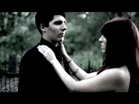 Parabelle - Kiss the Flag: The Widow