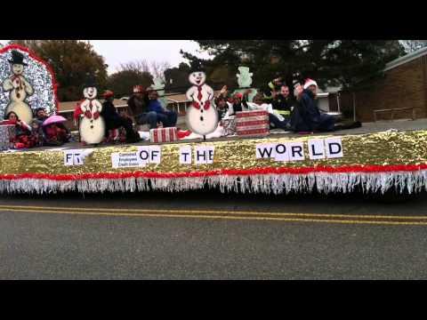 Christmas Homecoming Float.Christmas Parade Trailer 2013 Pt 1