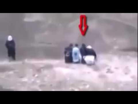 İŞİD TAM 3 KİŞİYİ İNFAZ EDECEKKEN BAKIN NE OLDU !!
