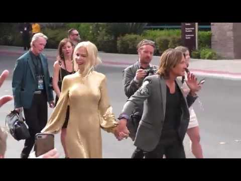 Keith Urban and Nicole Kidman greets fans at the 53rd Academy Of Country Music at MGM Grand Garden A