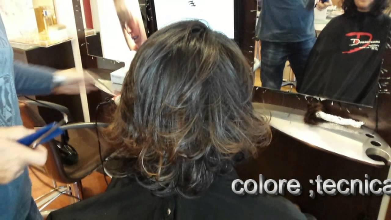 Tagli capelli scalati lunghi tutorial