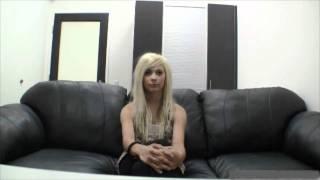 Девушка на кастинге (не порно).wmv