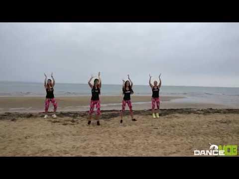 JUMP & SWEAT | ZUMBA FITNESS | DANCE MOB