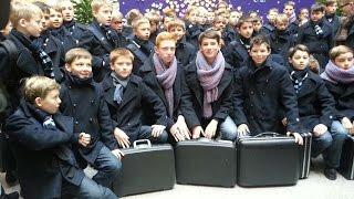 Les Petits Chanteurs à la Croix de Bois @A World of Excellence