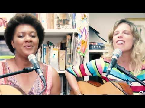 Nilze Carvalho e Camila Costa - ORA PITOMBAS