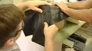 How to vinyl wrap a fiberglass box