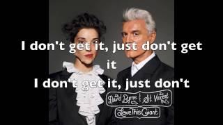 "David Byrne & St. Vincent - ""Weekend In The Dust"" (Lyrics)"