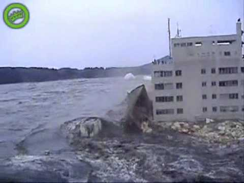 Amazing Japan Tsunami Earthquake Footage
