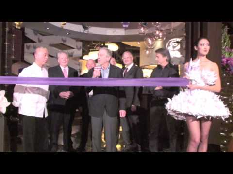 Robert De Niro and Nobu Matsuhisa Open Caesars Palace Las Vegas Hotel and Restaurant