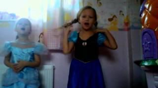 Let it go by Yasmin (Elsa) and Scarlett (Anna)