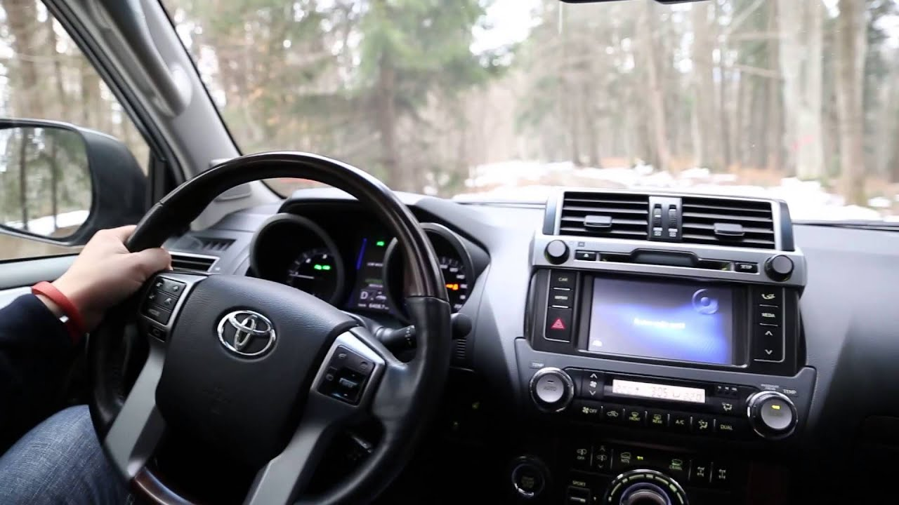 Toyota Land Cruiser 2015 (www.buhnici.ro)