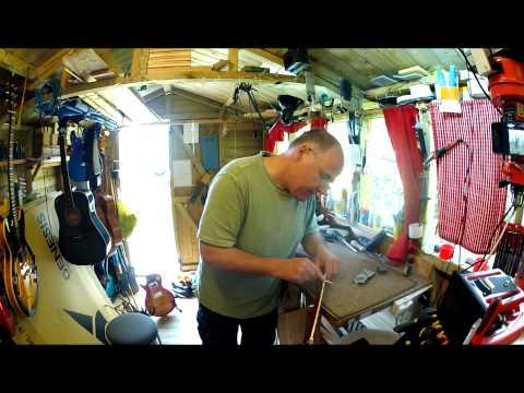 Vintage V99 Les Paul left hand set up