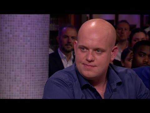 Van Gerwen: 'Voor ons is dit fantastisch' - RTL LATE NIGHT