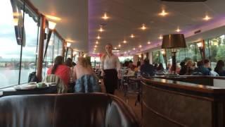 Прогулка по Москва-реке на теплоходе River Lounge: ресторан