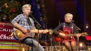 Maddie Poppe and Caleb Lee Hutchinson @ Citadel Tree Lighting - You've Got A Friend