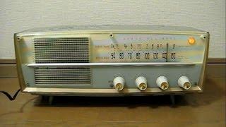 三洋電機 SANYOの真空管ラジオ SF-47 です。 発売は昭和34年、当時の定...