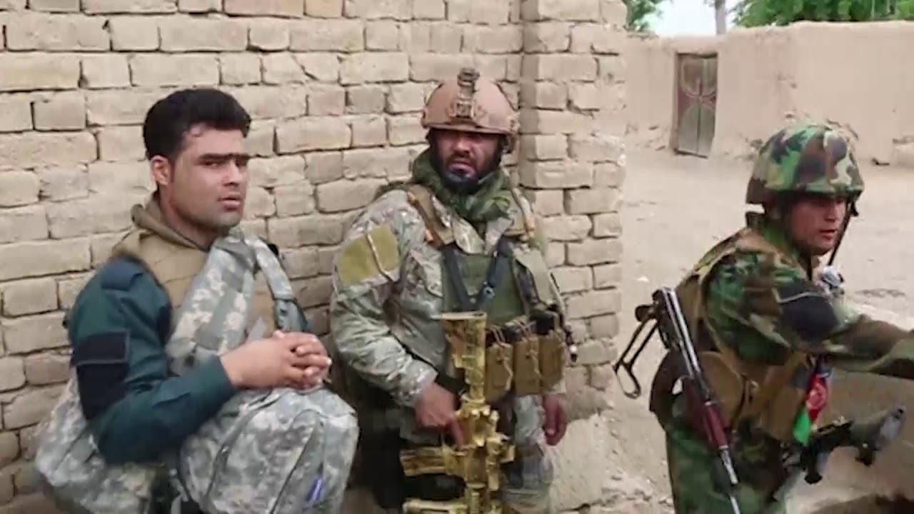 Izlazi s momkom iz Afganistana