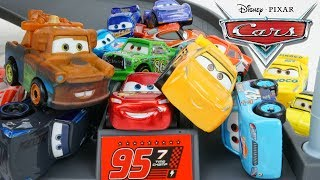 Disney Cars Minis Rusteze Racing Track Traffic Jam Trouble, Who Wins? Lightning Jackson Cruz?