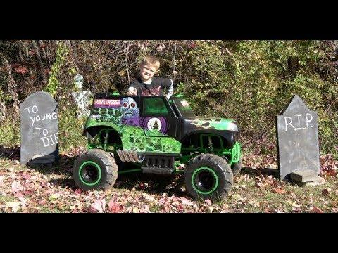 Monster Jam Digger 24 Volt Battery Powered Ride On