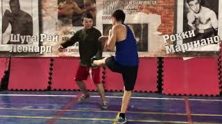 Бокс: развитие мышц - стабилизаторов в боксе. Интересное упражнение для боксеров.