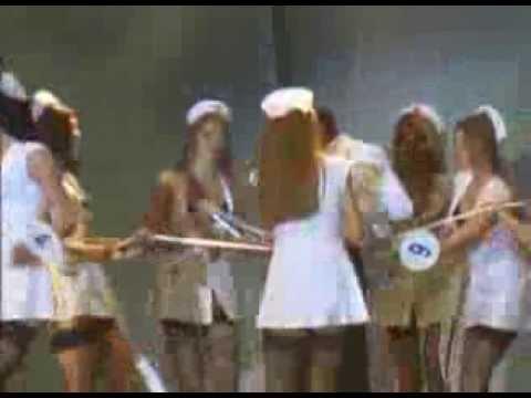 Студенческая Королева 2004 Эротичные медсестры