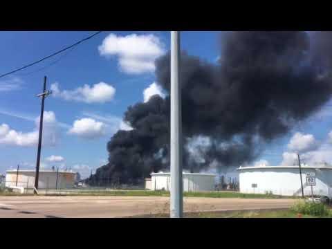 Explosion at a Port Arthur Texas refinery