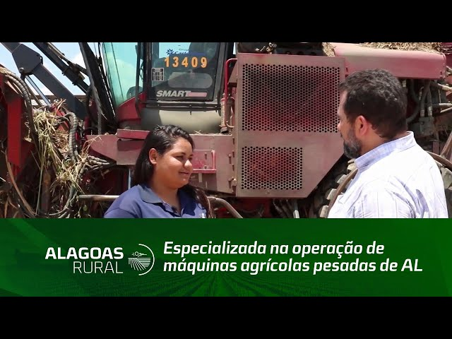 Acompanhe o trabalho da primeira mulher especializada na operação de máquinas agrícolas