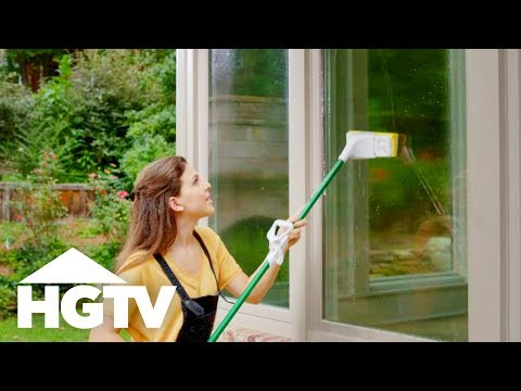 How to Clean Windows - How to House - HGTV