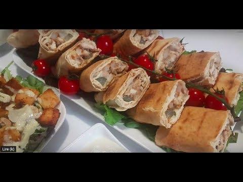 Mini sandwich avec une superbe sauce blanche ساندويتشات شاورما وصلصة بيضاء بكمية وفيرة
