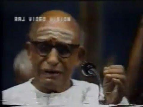 Semmangudi Srinivasa Iyer - VIDEO - Music Academy Concert at age of 80