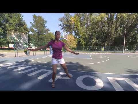 Плейстик (Playstick)...этакая разновидность гимнастики с ракеткой и мячем...