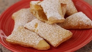 How To Make Sopaipillas - Mexican Pastry Dessert With Honey