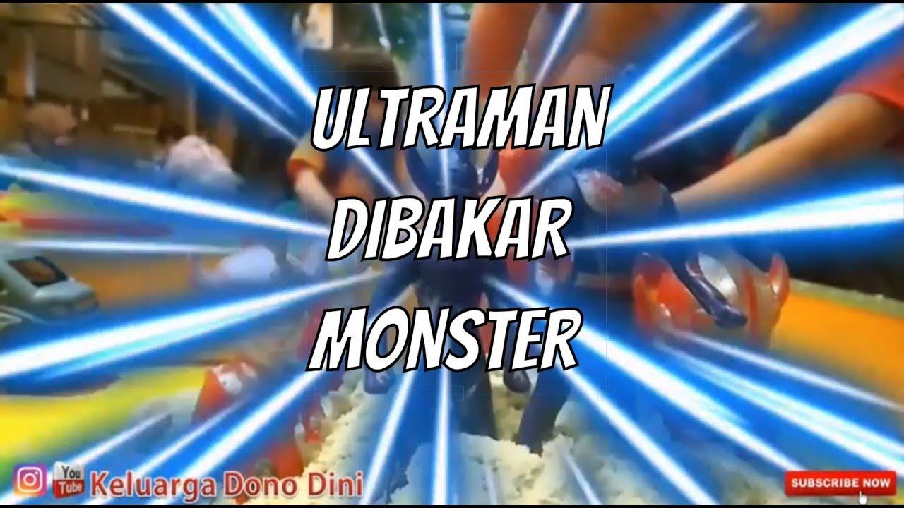 Makan dan bermain Ultraman perang di Food court Venus Cimahi, ada kolam renangnya sama Playgroun loh