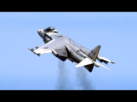 Harrier Jump Jet (AV-8B Harrier II) - Spectacular Action - 2014 Stuart Air Show