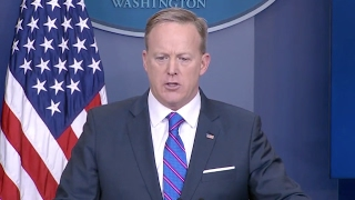 Spicer Grilled On Flynn Resignation - White House Press Conference Q & A